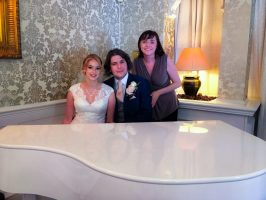 Liz Hendry plays piano for Mr & Mrs Wenmouth on their wedding day at Bartle Hall