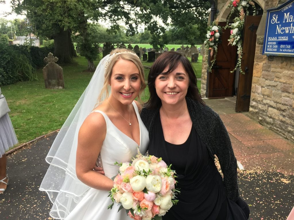 Liz Hendry Wedding Pianist with Beautiful bride Mrs Murrell