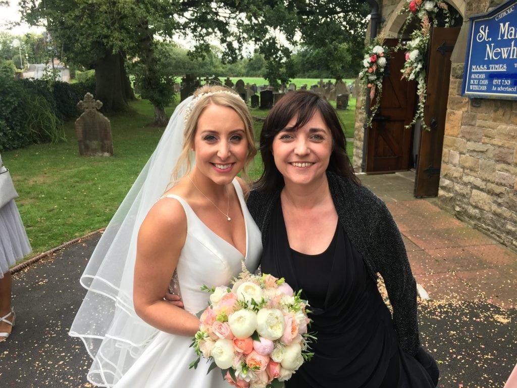 Liz Hendry Wedding Pianist with Beautiful bride Mrs Murrell