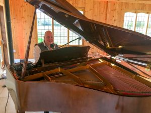 mark the piano guy wedding ceremony at Merrydale manor