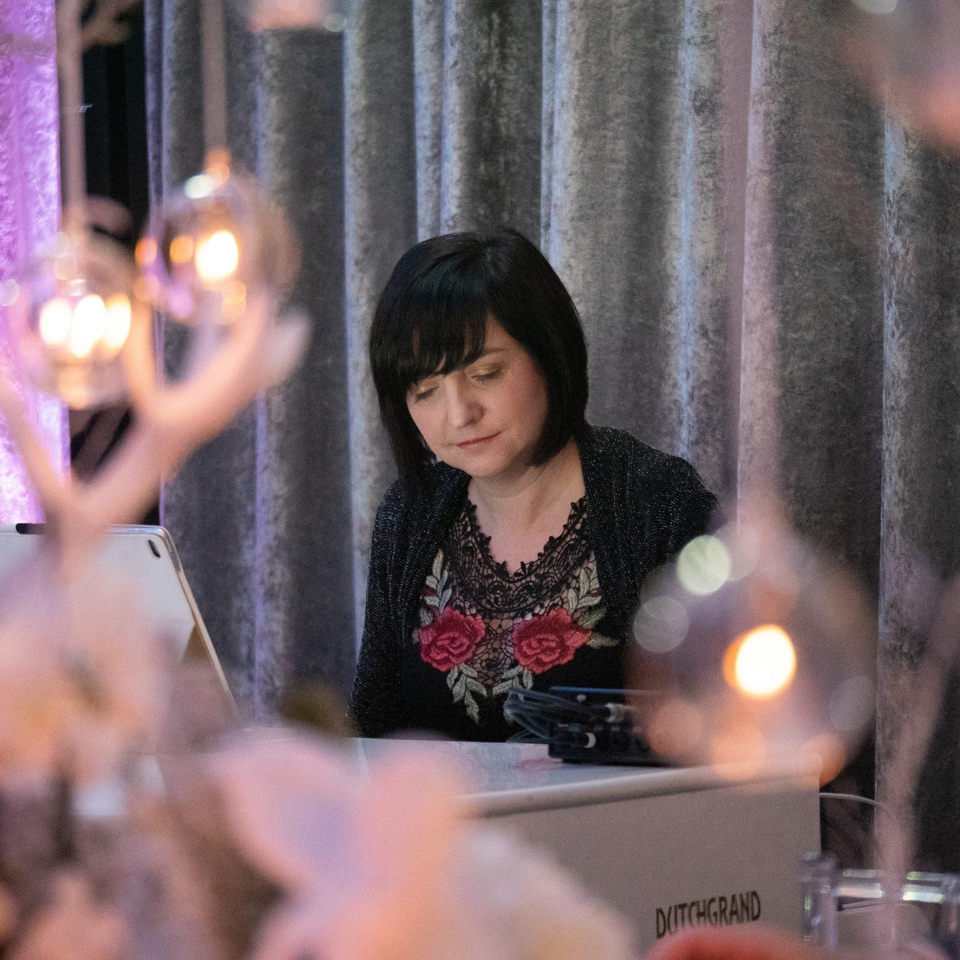 Liz Hendry player a wedding breakfast at Merrydale manor