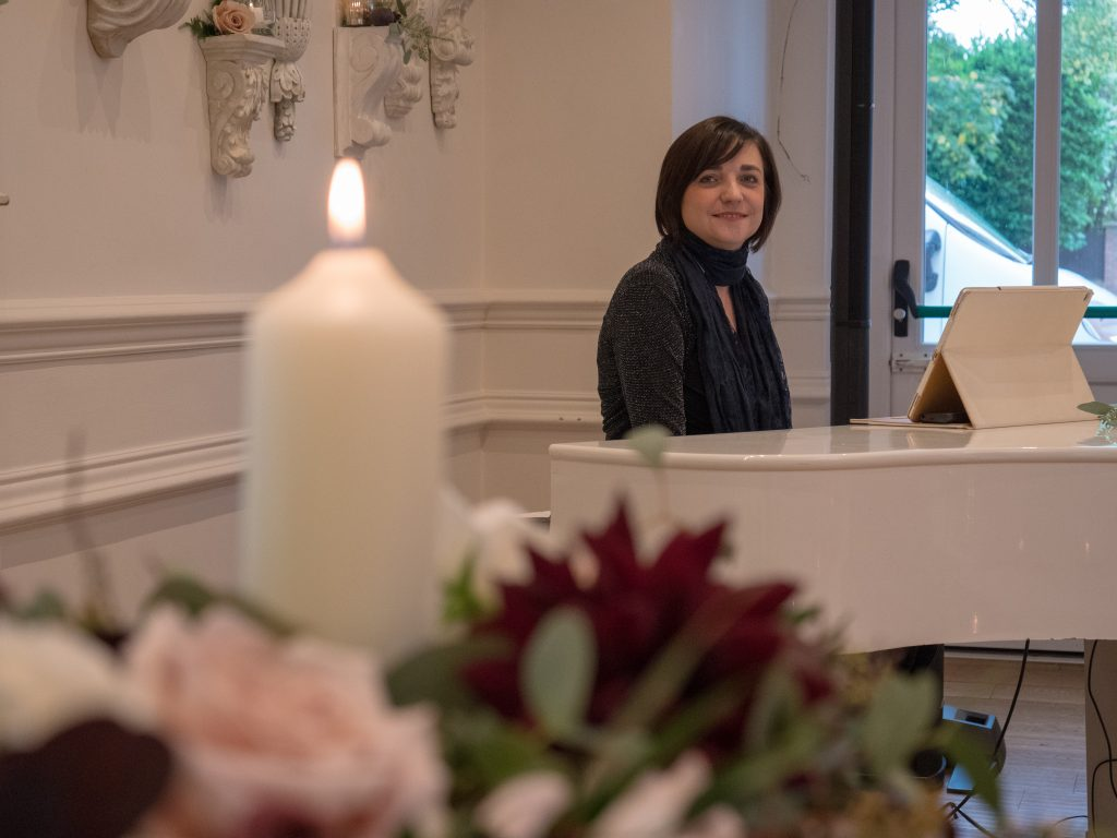 Liz Hendry at Ashfield House with flowers by The Rose Boutique