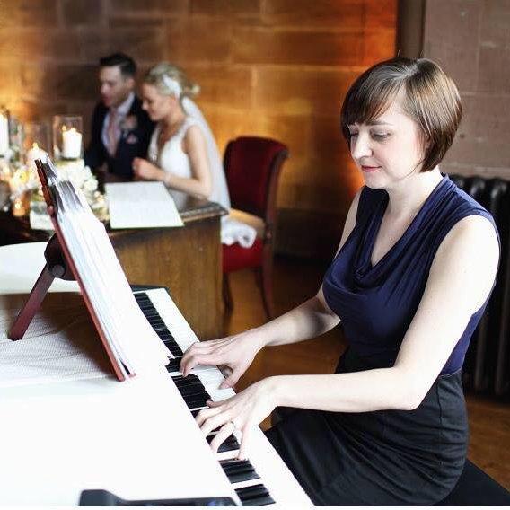 Liz Hendry Wedding Pianist- Beautiful Wedding Piano Music