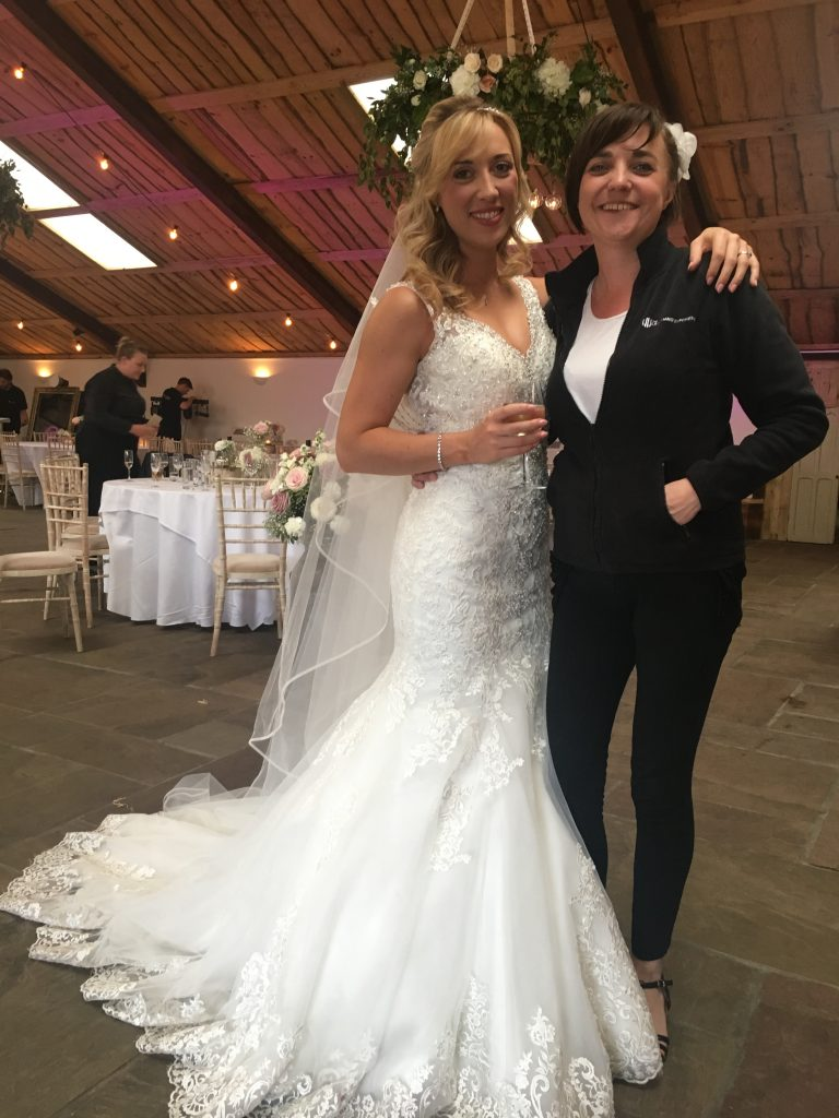 Owen House Barn Pianist with Beautiful bride Lois
